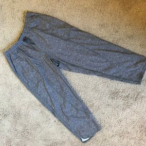 LuLuLemon Size 10 Work Out Pants
